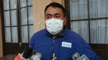 Alcalde de Incahuasi rompe en llanto al pedir pruebas para coronavirus