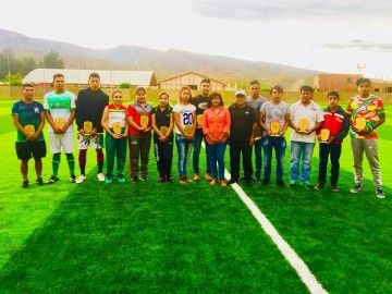 Alcaldía de Camargo reconoce a los mejores deportistas de la gestión 2017