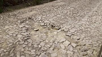 Califican de peligroso los baches en el camino Culpina - Incahuasi