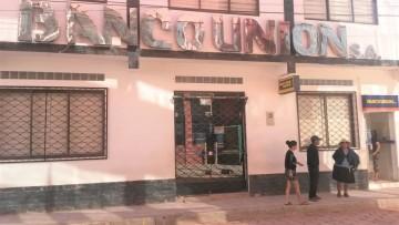 Camargo se aísla, cierra negocios y abre sus mercados dos veces a la semana