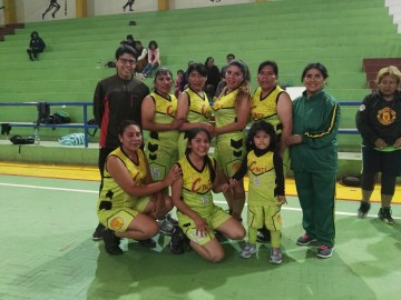 Cinti Sucre se corona campeón del torneo de básquet damas
