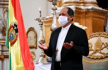 El camargueño Ricardo Centellas asume el Arzobispado de Sucre