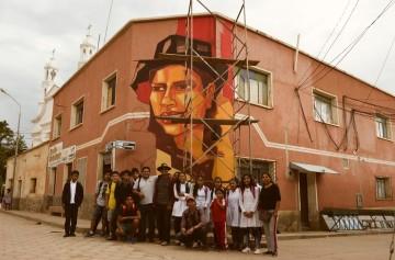 Radio Camargo: El mural que pinta Tejerina y regalo de la familia García-Pastrana a Camargo