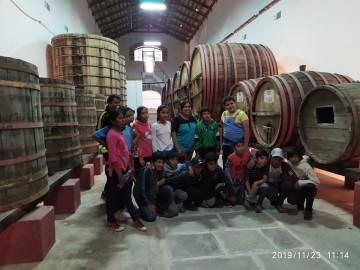 Estudiantes se primaria recorren lugares turísticos de Camargo