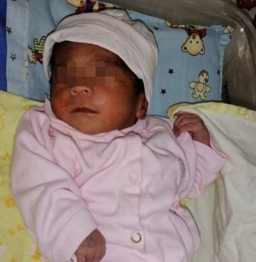 Gemelos nacen con tres días de diferencia en San Lucas y Sucre