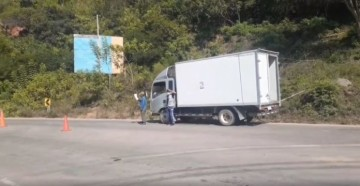 Interceptan camión frigorífico con ocho personas a bordo en Entre Ríos