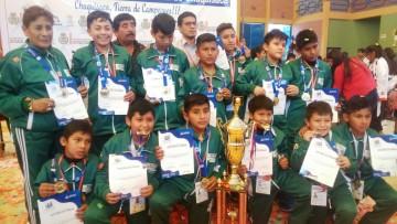 La Unesbol de Camargo logra el campeonato de mini básquet niños