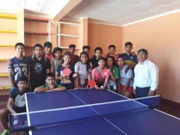 Las Carreras abre escuela de tenis de mesa para alumnos de primaria y secundaria