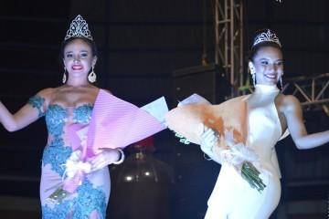 Nicole Sthefani y Janeth fueron elegidas Reina y Señorita Regional de la Vendimia