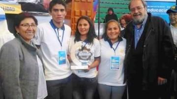Proyecto de investigación de apitoxina de los Cintis ganó premio nacional