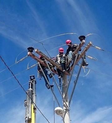 Usuarios reclaman por cortes intempestivos de energía eléctrica