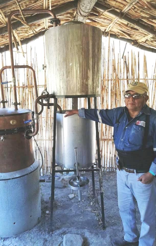 Bodegueros de cañazo de Pilaya se alistan para producir whisky y ron