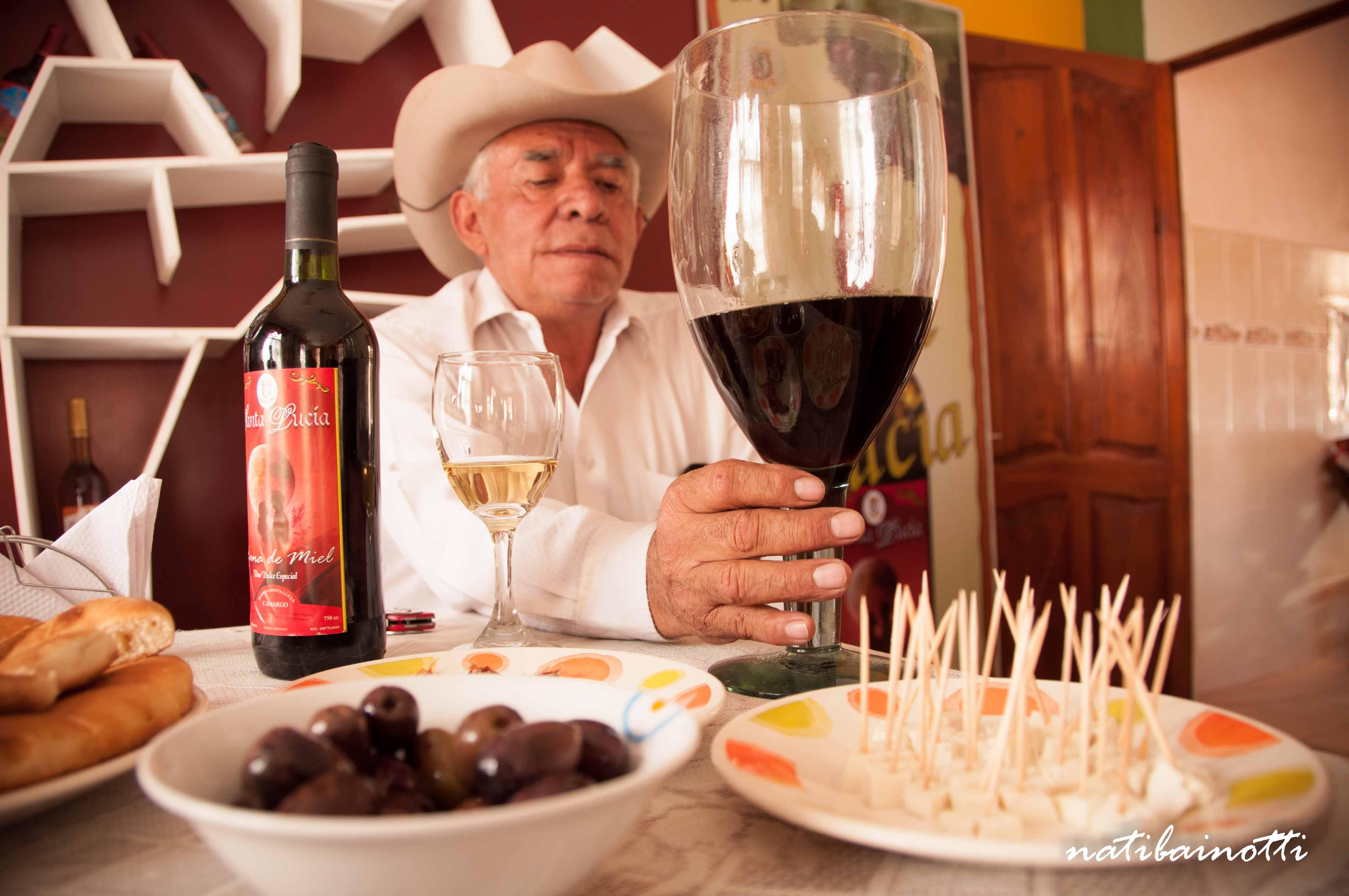 Cainco organiza el primer festival de singanis y vinos de los Cintis en Sucre