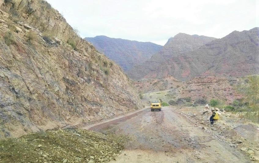 Cinco municipios dan ultimátum a Damián Condori por la Ruta Triangular Cinteña