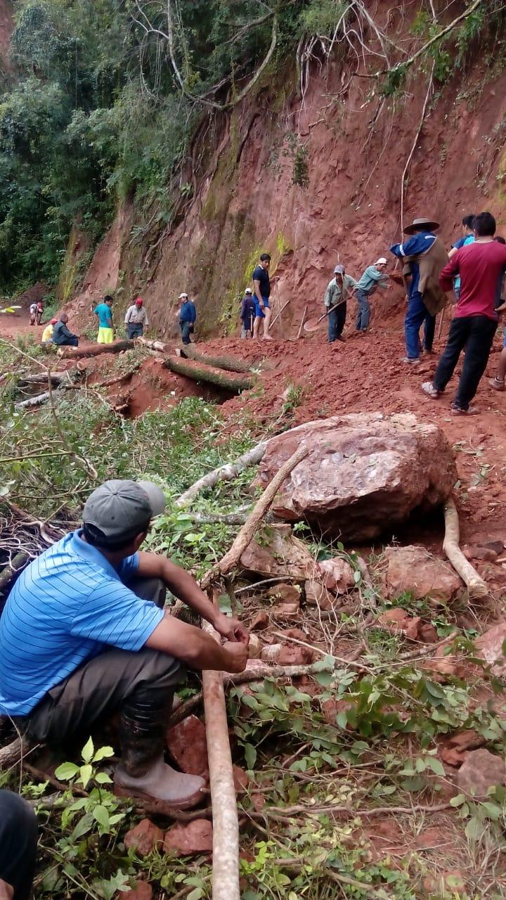 Culpina: Sedcam trabaja en la limpieza del camino Cañón Verde-El Palmar