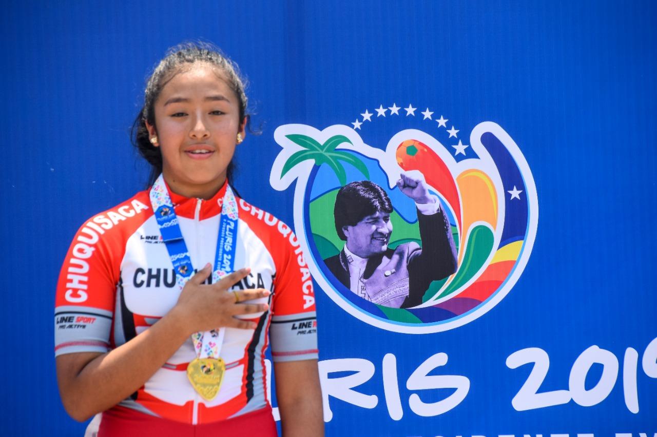Dayne Vedia se cuelga la medalla de oro en los Pluris fase nacional