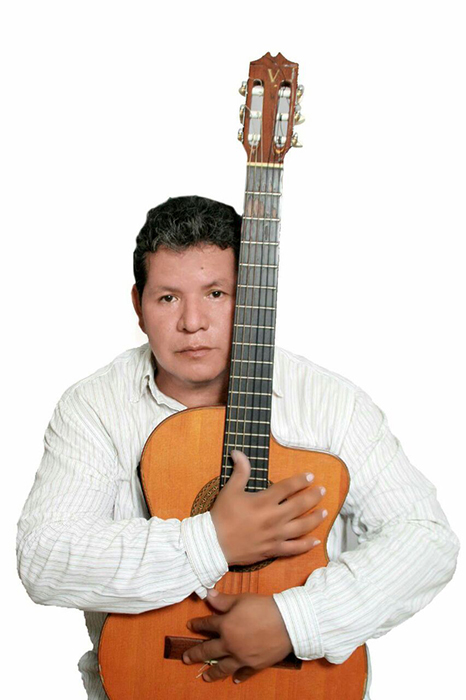 El cantautor Ítalo Mendieta alista su nueva producción en Santa Cruz