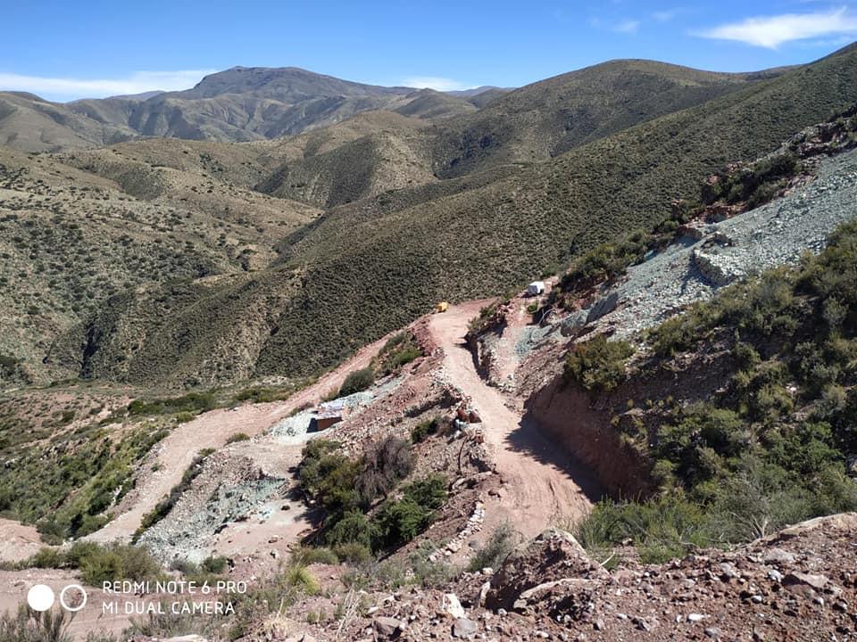 Expertos explican los riegos por la explotación de cobre en Villa Abecia