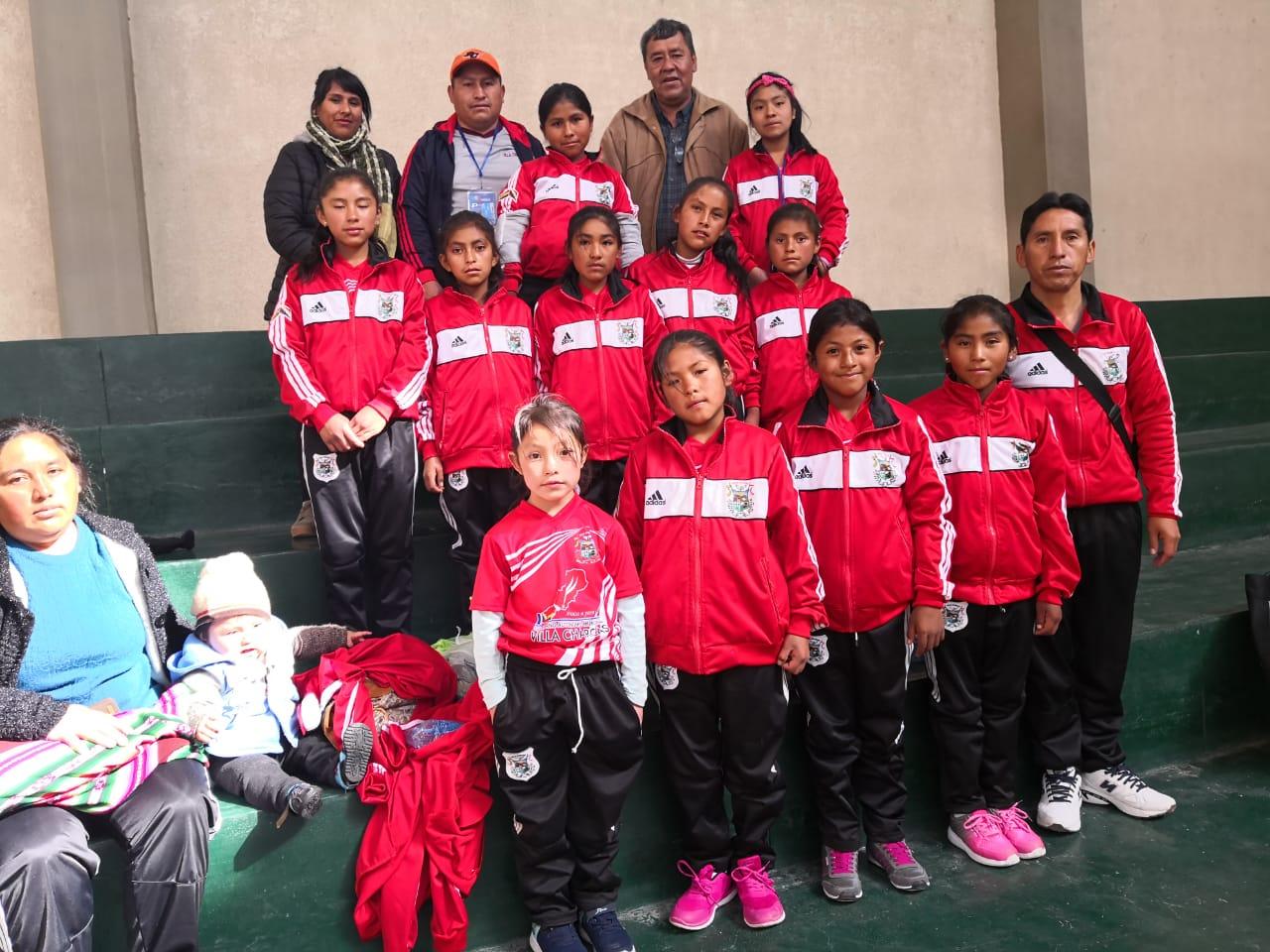 Incahuasi y Villa Charcas en voleibol marchan a paso de campeón