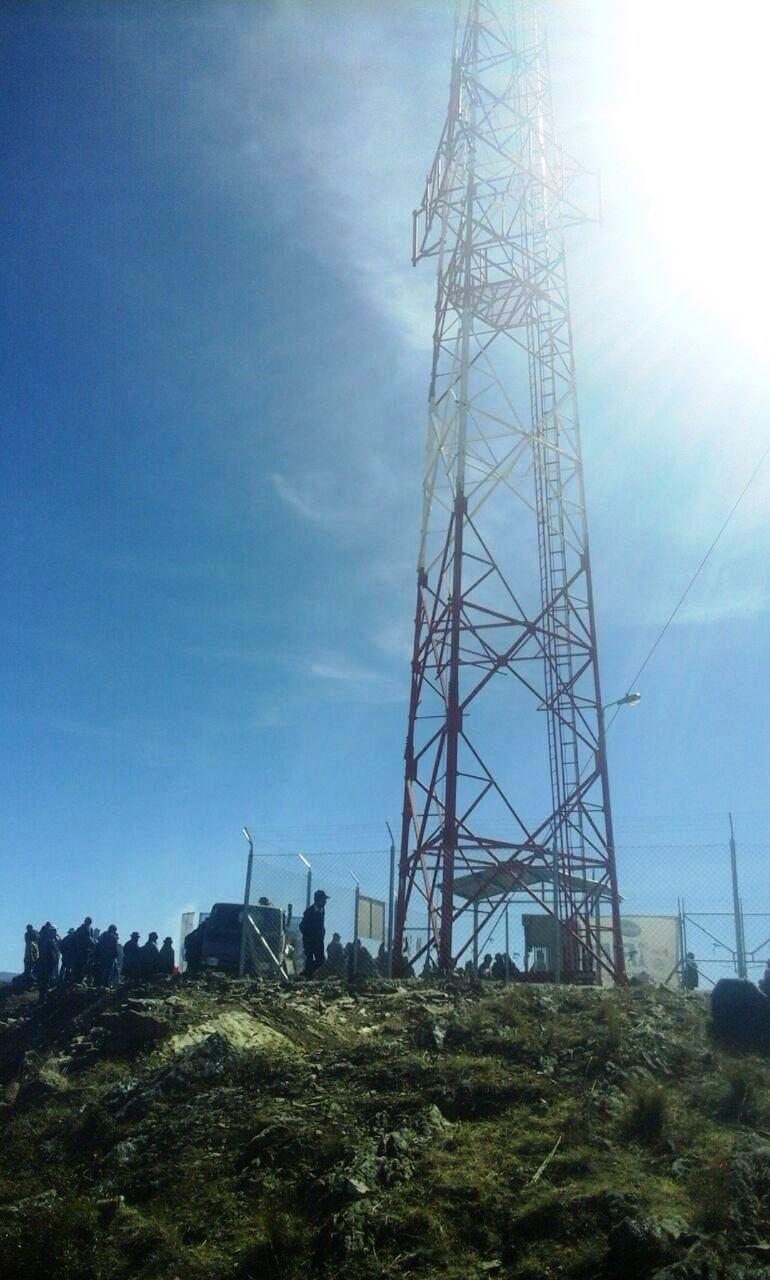 Incahuasi: Yatina se conecta a la telefonía celular gracias al proyecto FRONTIS