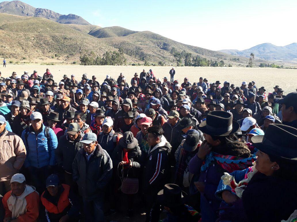 La región de los Cintis sale a bloquear caminos en defensa del Incahuasi