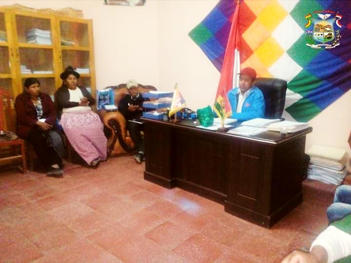 Policía y alcaldía de Villa Charcas se unen por la seguridad ciudadana