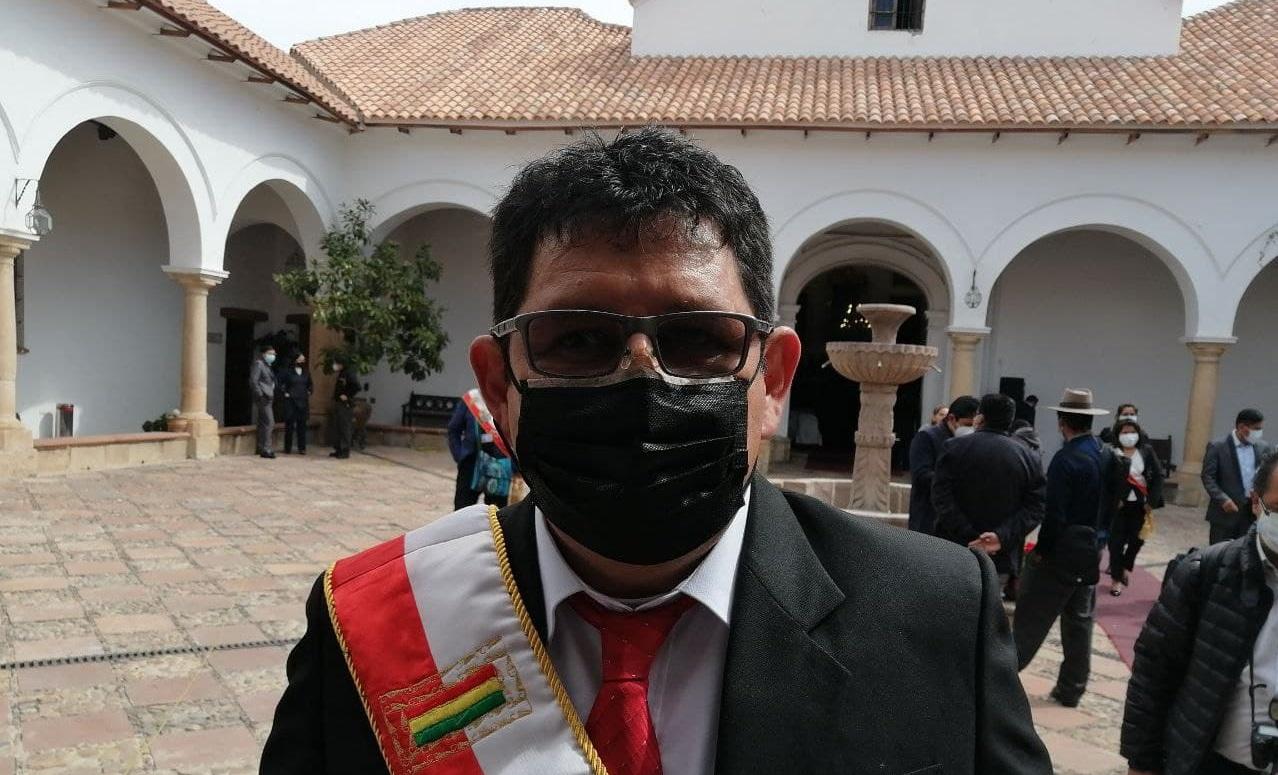 Ricardo Zárate dice que este año se equipa el Hospital de Segundo nivel de Culpina