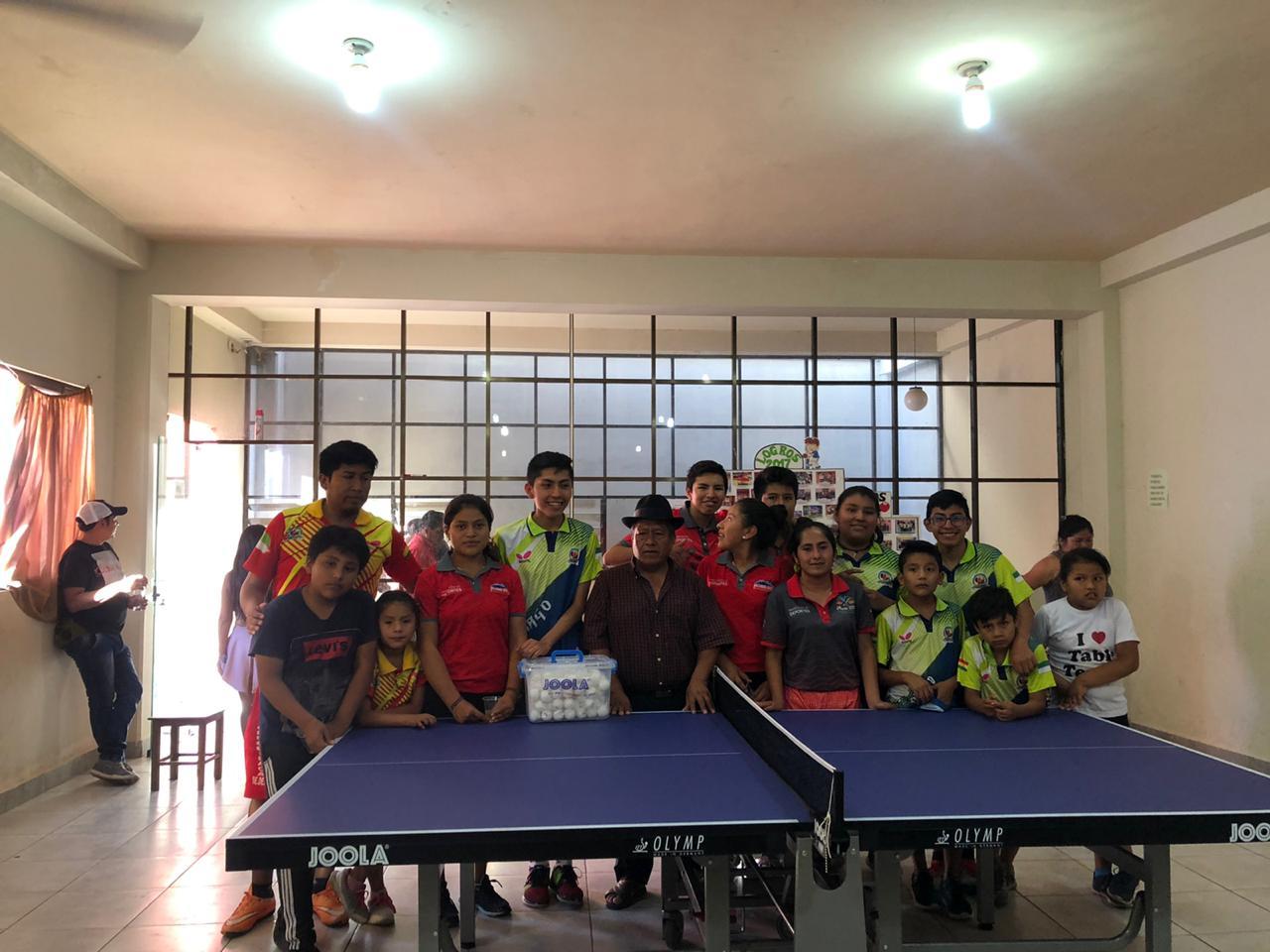 Tenis de mesa de Camargo recibe mesa profesional de la Alcaldía
