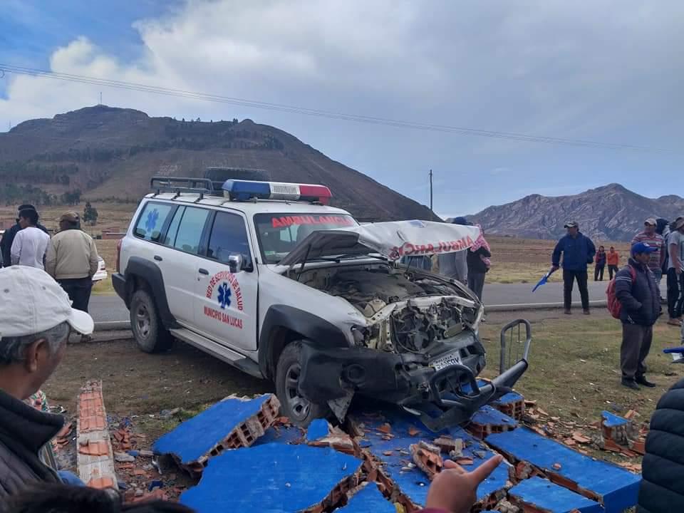 Tres pasajeros fallecen en una colisión en la población de Betanzos